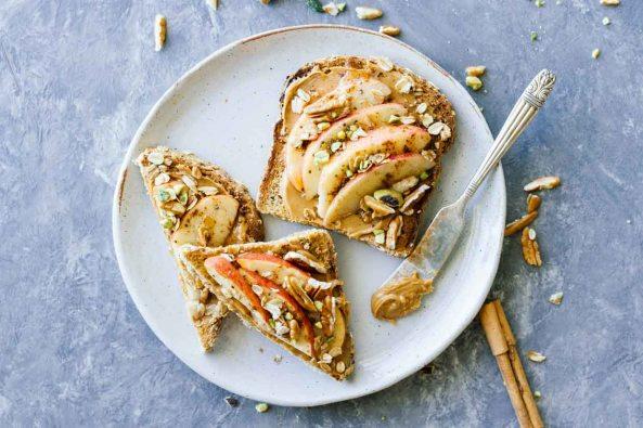 Apple-Cinnamon-Peanut-Butter-Breakfast-Toast-Landscape-1